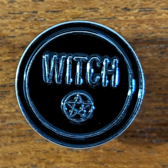Accessories - Witch Wiccan Enamel Pin Badge NWOT